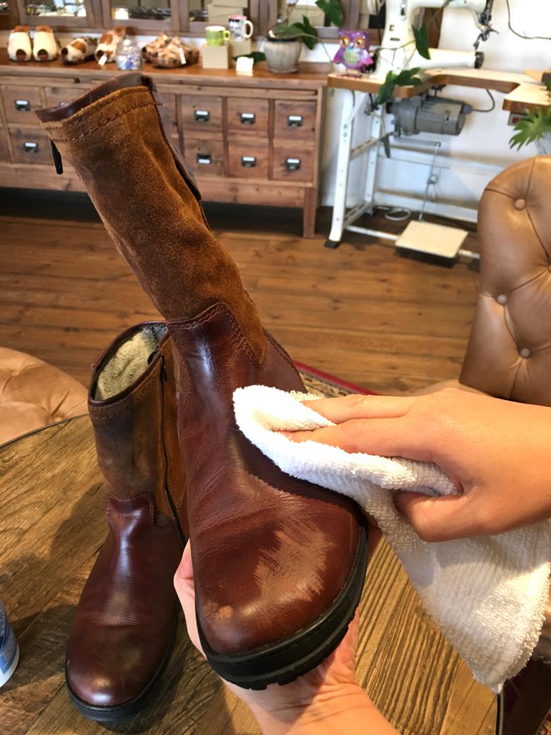 革靴の傷お手入れ1