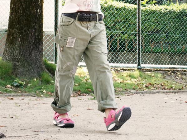 歩きやすいサンダルとは?