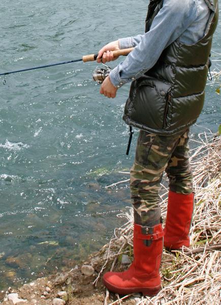 釣りに最適なレディース防水ブーツ